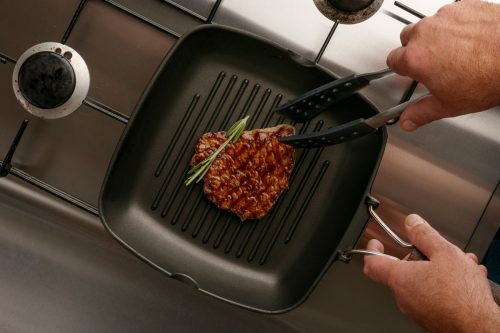 Can You Use a Griddle on a Gas Stove (and How)?