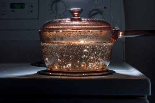 What Type of Pot is Best For Boiling Water?
