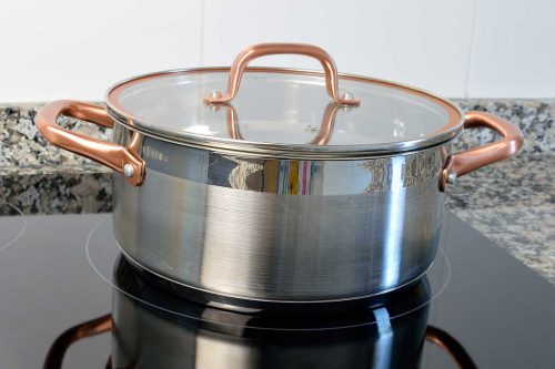 What's the Best Material for Stock Pots? [Know before you buy!]