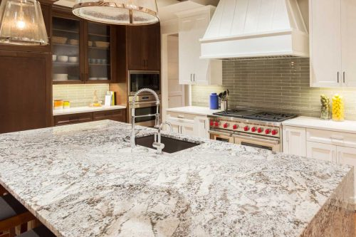 Read more about the article Do Quartz Countertops Stain? [And How To Keep Them Clean]
