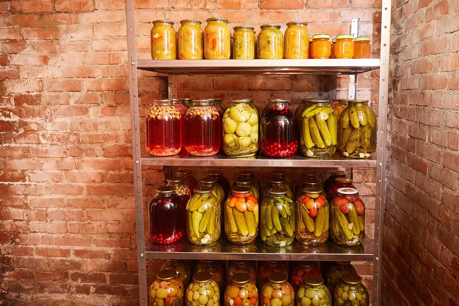 Storage of vegetables and fruits for the winter