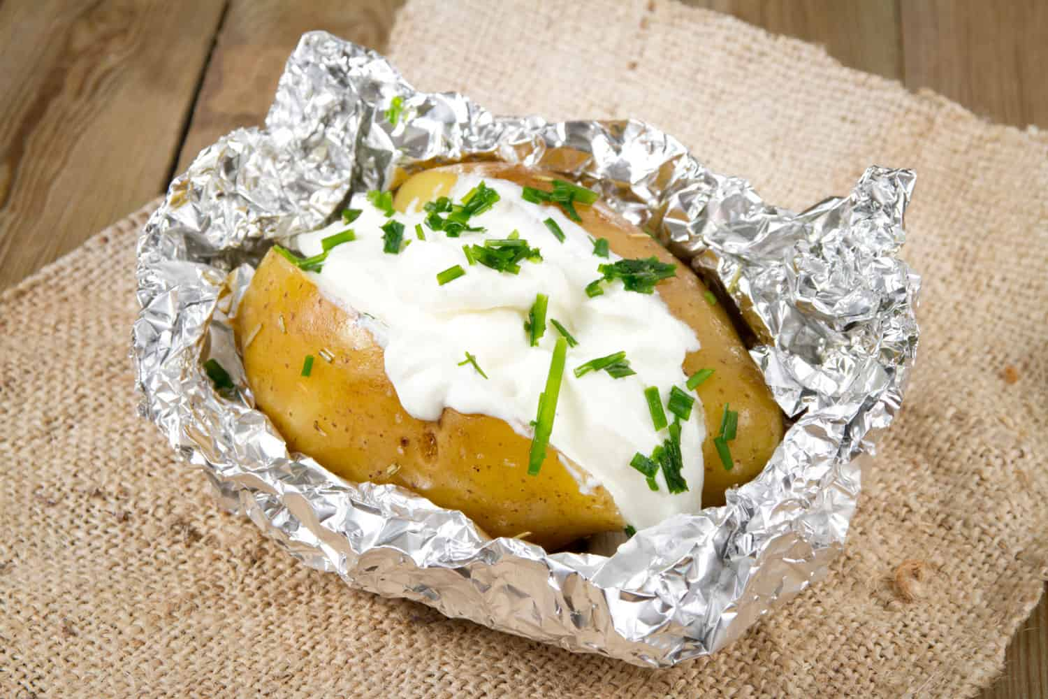 baked potato with chives