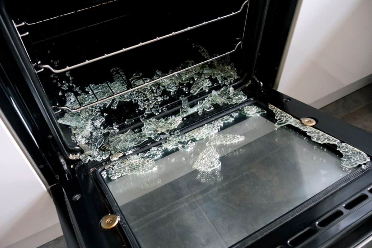 A cracked pyrex glass inside the oven due to uneven temperature between Pyrex casserole and oven