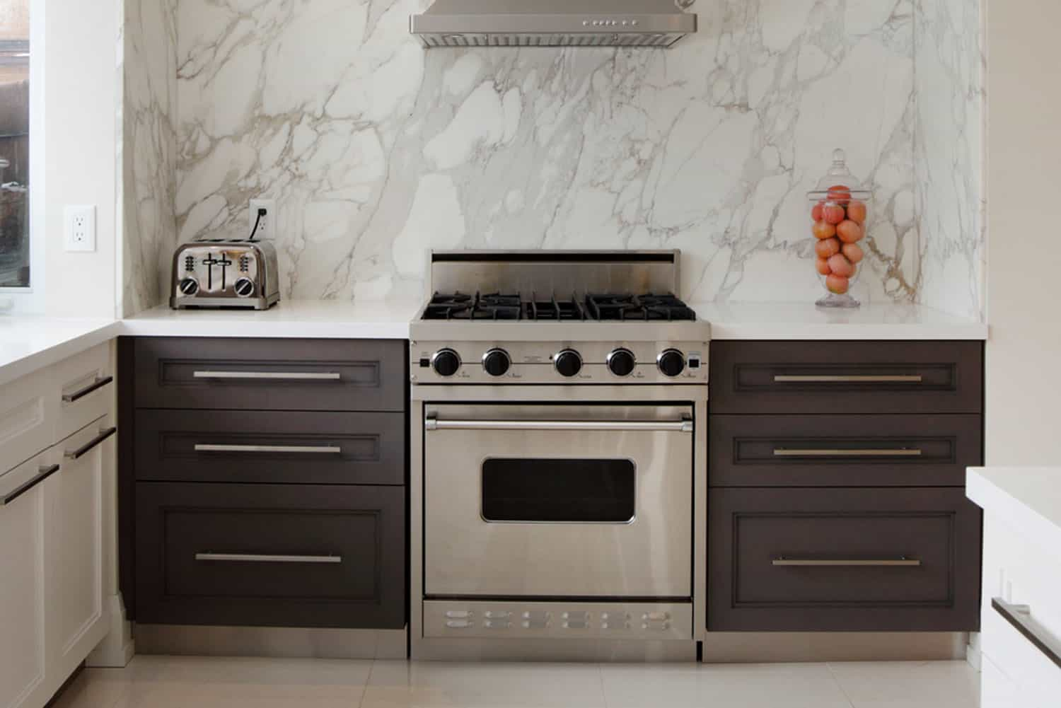 Interior of modern luxury kitchen in North American private residence, What Is The Standard Depth Of A Range?