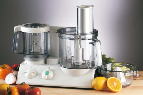 Read more about the article 11 Types Of Food Processor Blades And How To Use Them