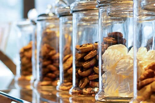 Read more about the article How To Make A Cookie Jar Airtight [The Key To Keeping Cookies Fresh!]