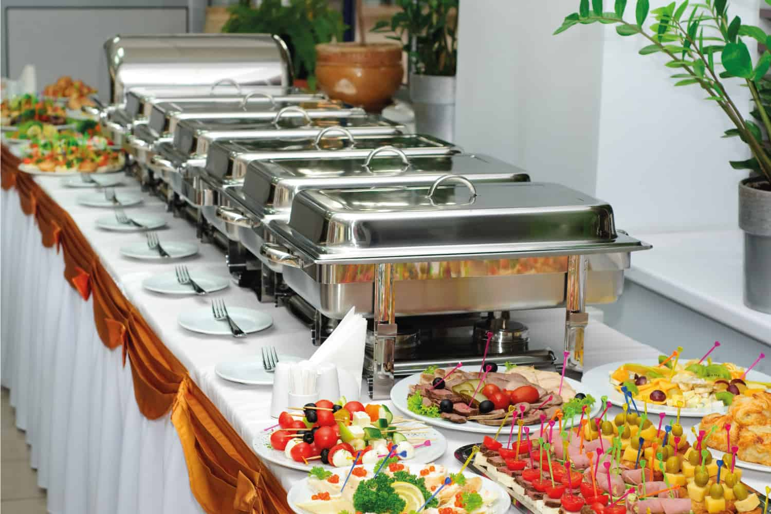 bain marie used as serving dish in a banquet table