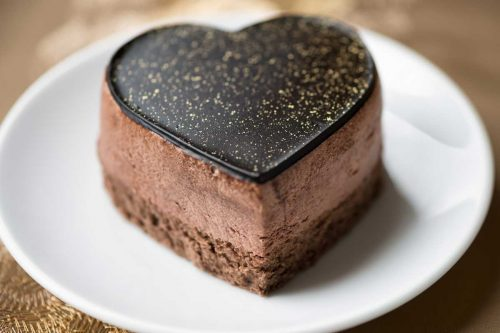 Read more about the article How To Properly Store A Mousse Cake Overnight