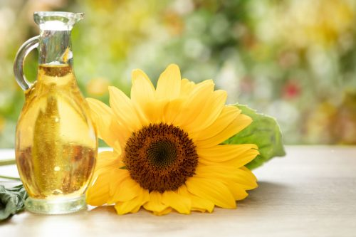 Read more about the article Can You Use Sunflower Oil For Baking?