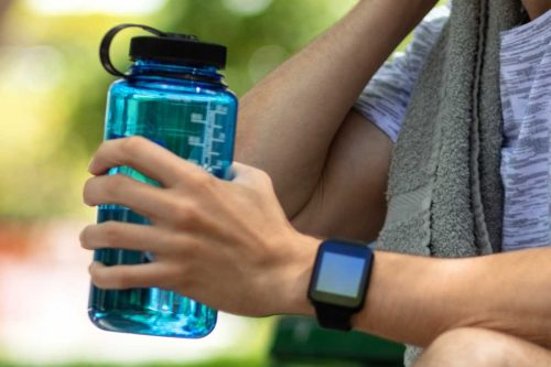 Read more about the article What Is The Best Container For Drinking Water?