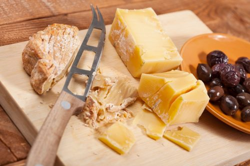 Read more about the article Is A Cheese Knife Sharp?