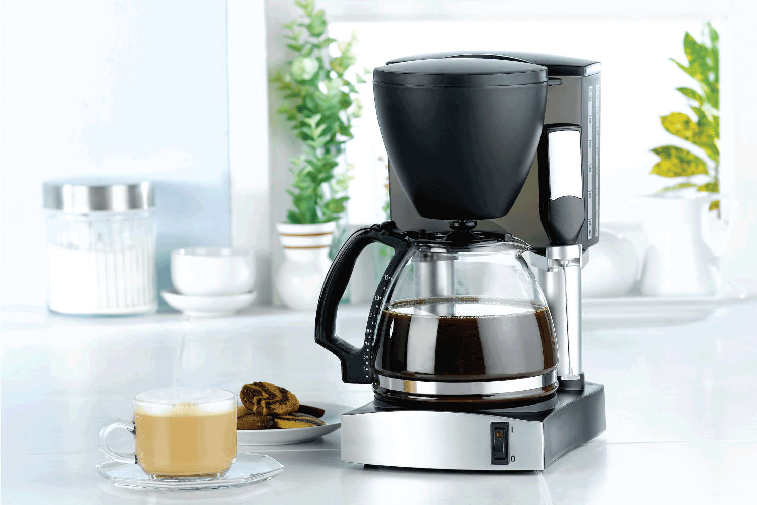 Coffee blender and boiler machine great for makes hot drinks in the kitchen