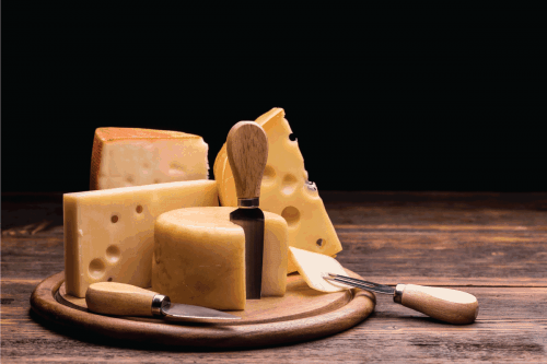 Read more about the article Does Cutting Cheese Dull Knives?