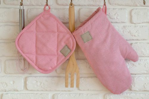 Potholder Vs Oven Mitt – What Are The Differences?