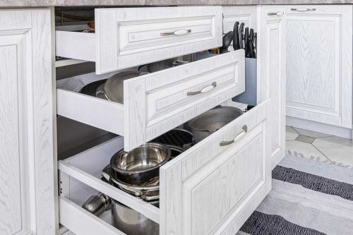 Read more about the article Kitchen Drawers Open By Themselves – What To Do?