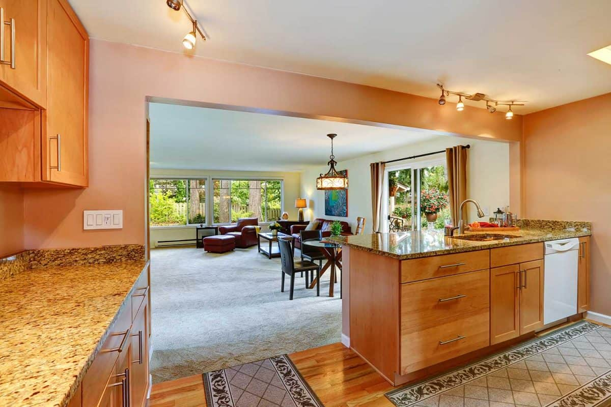 House interior with open floor plan of kitchen area