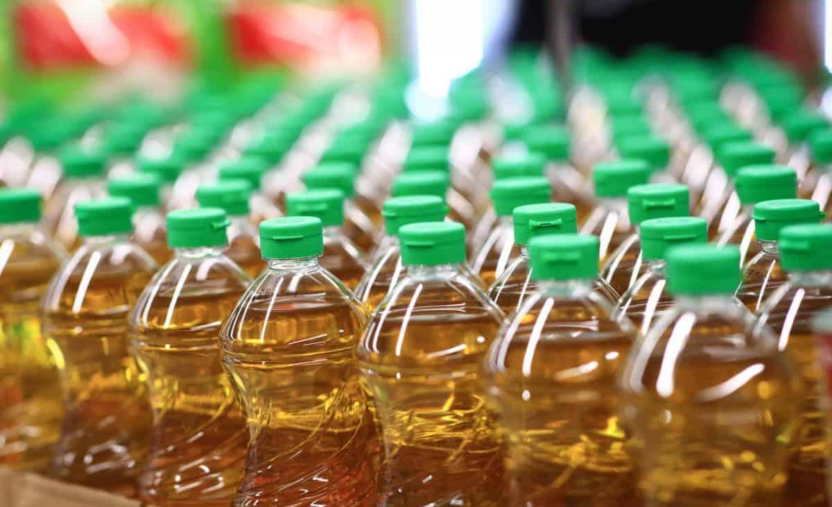 Pattern of Arrangement of Vegetable oil supply for consumer