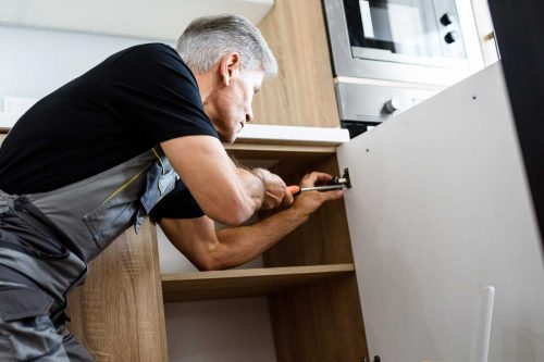 Read more about the article How To Restore Kitchen Cabinets And Fix Worn Spots