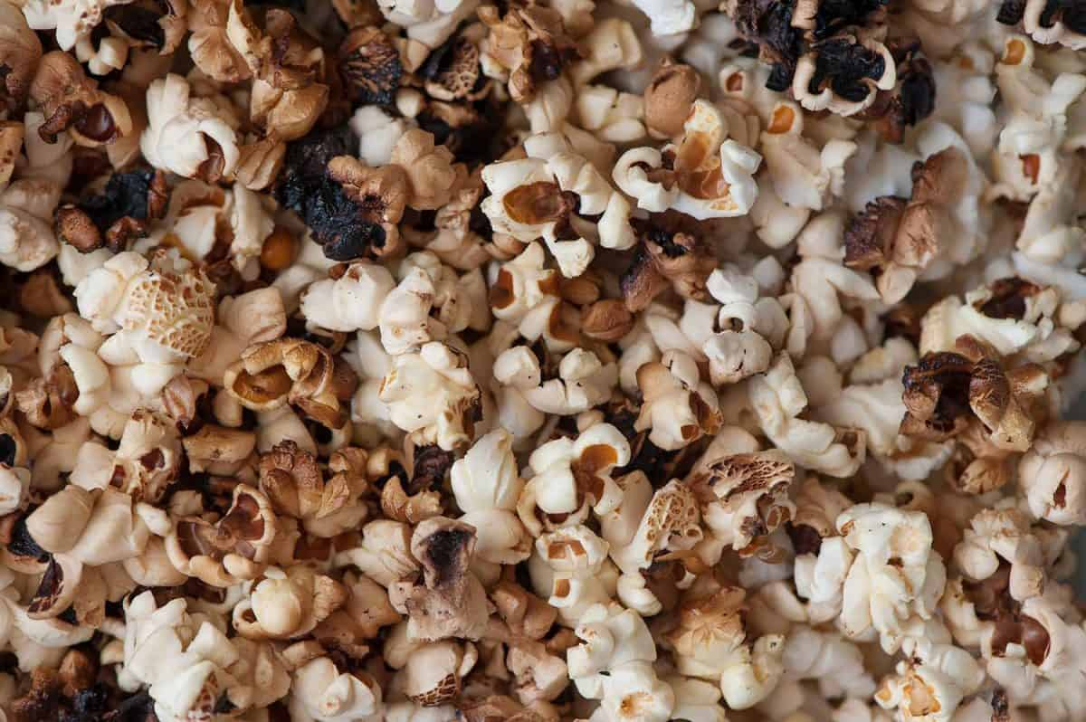 Scattered simple popcorn