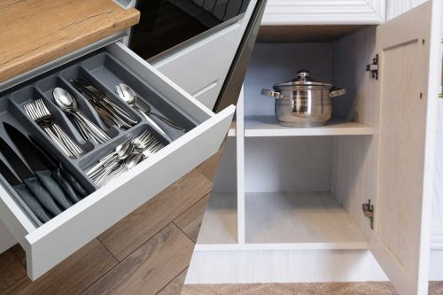 Read more about the article Kitchen Drawers Vs Cabinets – Best Planning Choices