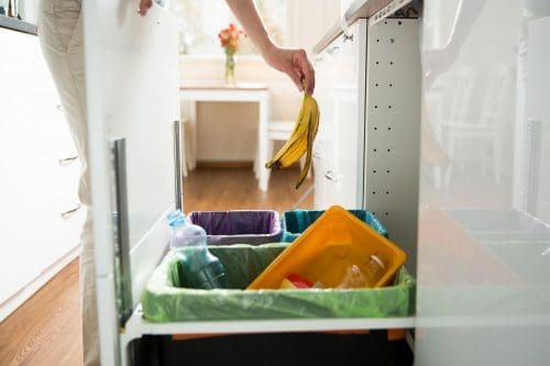 Read more about the article How To Remove A Built-In Trash Compactor In 4 Easy Steps