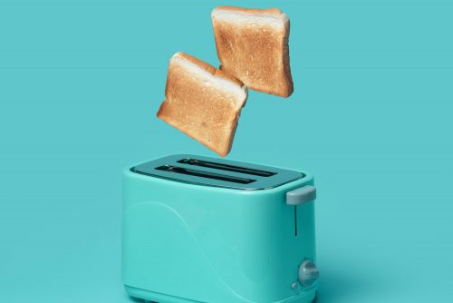 Read more about the article Should A Toaster Spark? [What You Need to Know]