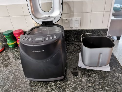 Bread maker with pan