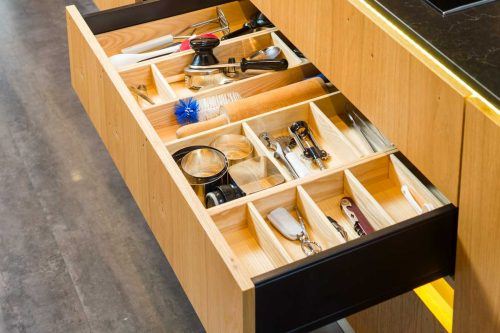Read more about the article What Size Should Kitchen Drawers Be?