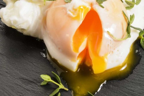 Read more about the article How To Poach An Egg With A Ladle – All You Need To Know!