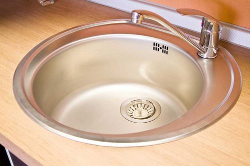 Read more about the article How Deep Are Kitchen Sinks?