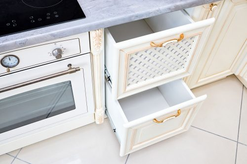 Read more about the article 7 Types Of Kitchen Drawers