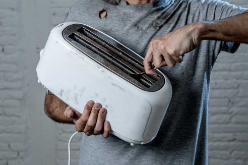 Read more about the article Can Putting A Knife Or A Fork In The Toaster Kill You?
