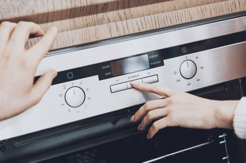 Read more about the article How To Clear Error Messages On A Bosch Dishwasher [Inc. E15, E22, E24, E25]