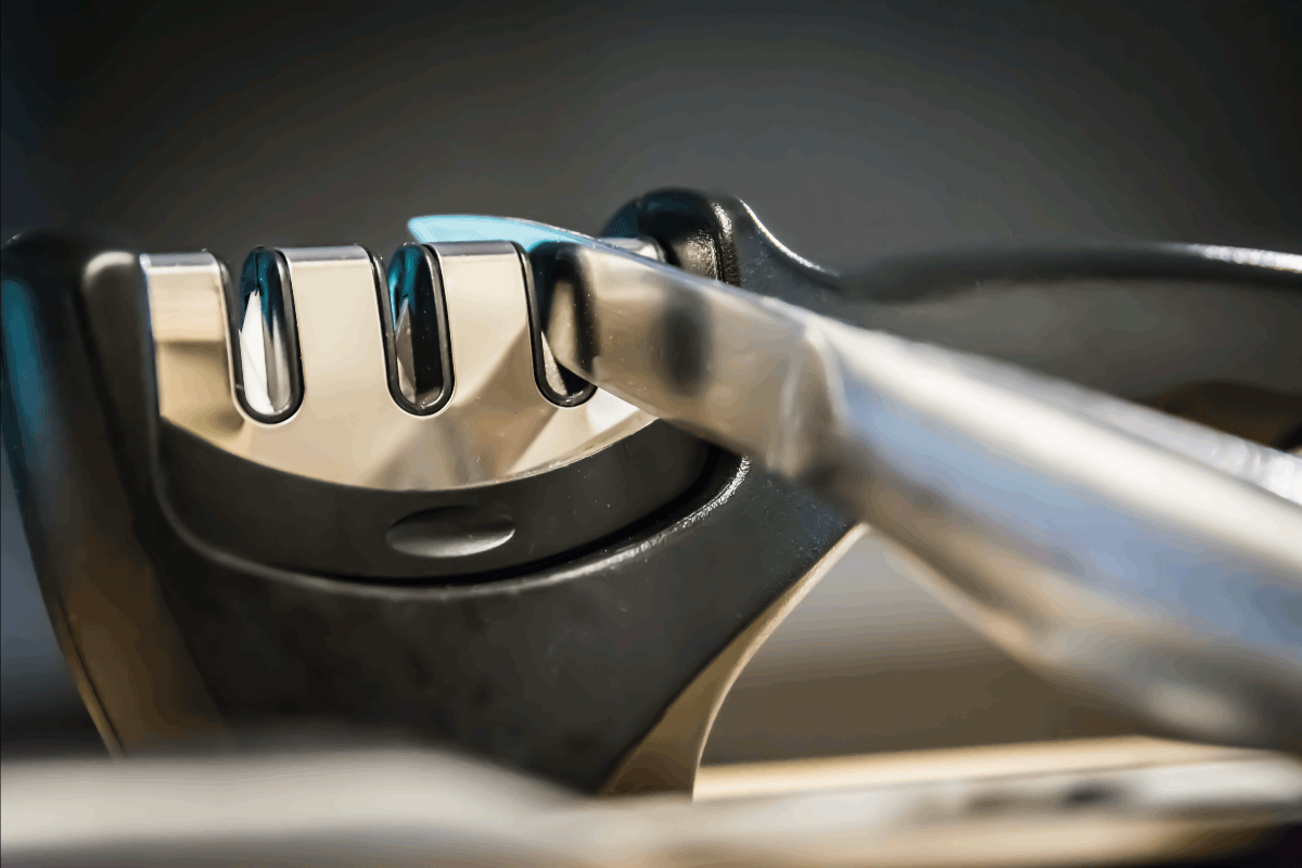 The Basics On How To Clean A Knife Sharpener