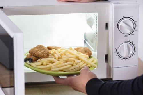 Read more about the article How To Properly Warm Up French Fries [In Multiple Appliances!]