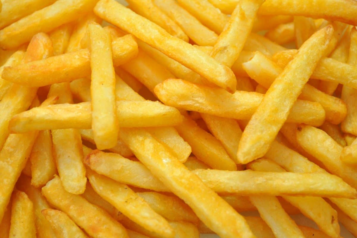 Up close photo of delicious freshly fried french fries