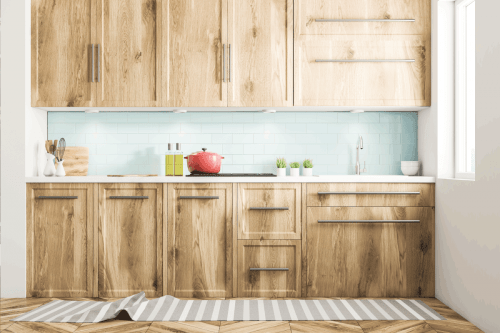Read more about the article 17 Amazing Kitchens With Light Wood Cabinets