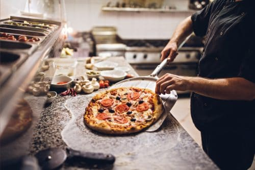 Read more about the article How Hot Should A Pizza Oven Be?