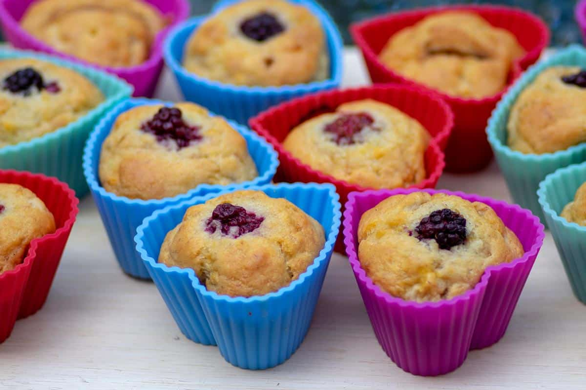 Banana muffins in silicone molds, Should You Grease Silicone Molds And Cake Pans?